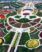 北京国际鲜花港成立于2007年7月设立的高科技农业产业园区,总体规划4平方公里,一期开发1.8平方公里,总投资18亿元。2009年9月,一期作为花博会第二功能组团投入使用,接待游客30万人次。