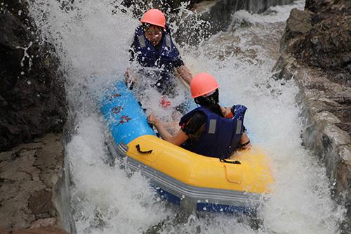漂流巅峰2015雾灵西峰高山滑水季大幕开启