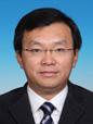 李先忠区长男,汉族,1971年6月生,山东龙口人,1993年8月参加工作,1993年6月加入中国共产党,在职研究生毕业(北京大学行政管理专业),管理学博士,会计师。