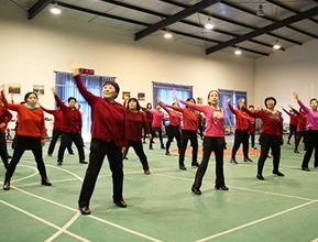李桥镇开展广场舞培训