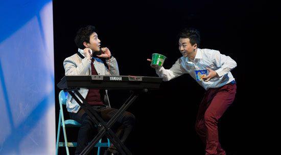 天桥上演励志音乐剧《十年》:激情演绎地下室青年的北漂青春