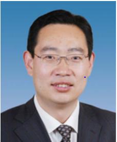 陈献森副区长男,汉族,1972年9月生,河南内黄人,1994年10月加入中国共产党,1996年7月参加工作,大学毕业(中国人民公安大学安全防范专业),公共管理硕士(北京大学公共管理专业)。