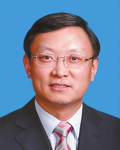 现任北京市丰台区委副书记,区长.