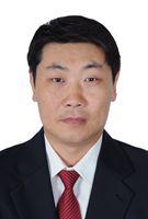 冷刘喜2016北京榜样年度提名奖  他是京丰燃气发电有限责任公司维护部副部长。20多年来,他从最基础的检修工做起,始终扎根在生产第一线,凭借着骨子里那股敢想敢干的劲头,组织实施多项技改创新,攻克技术难题。