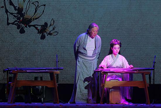 踏青怀古琴赏牡丹:北京天桥奏响琴歌艺术音乐会