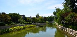 """北京:担起大运河文化带""""龙头""""之责        北京正在深入挖掘大运河文化带的丰富内涵,通过推进大运河文化带保护利用,进一步擦亮世界认可的国家文化符号。"""