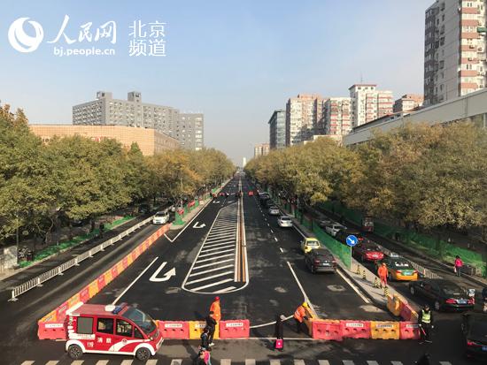 两车道变双向六车道 安贞路升级改造月底完工并通车