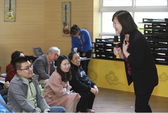 """北京书香大课堂""""儿童阅读""""专家讲座两千家庭受益"""
