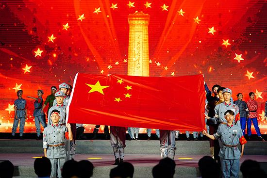 首都各界纪念全民族抗战爆发82周年卢沟桥再现抗战情景