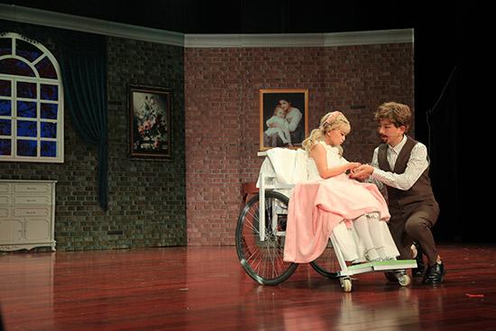 纪念中法建交55周年 主题儿童剧《爸爸的庄园》在京首演