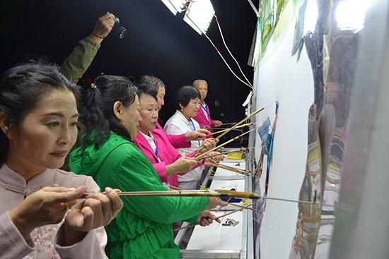 全国优秀民间皮影艺术院团大汇演活动在京开幕
