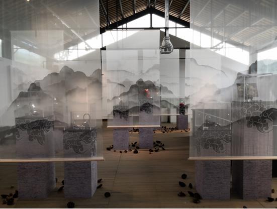 竹溪传统漆艺传承振兴大讲堂、大展台项目成果展开幕