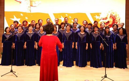 社区千人唱响海淀 唱回青春合唱节展社区文化风采