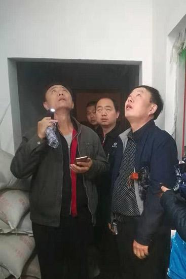 """方庄地区""""老改""""专班雨夜办理居"""