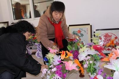 布贴画图片大全花瓶与花